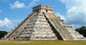 El Castillo Chichen Itza Mexico